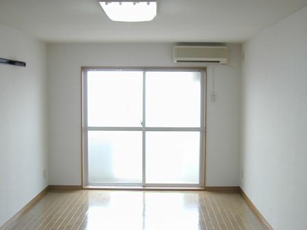 レジデンス居室窓