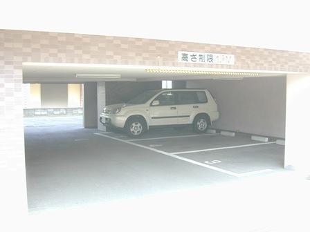 メゾン駐車場3