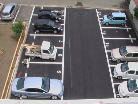 隣接地駐車場